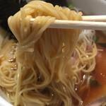 44268224 - 鶏清湯 醤油らーめん ¥750 + 大盛 ¥50  おすすめ  麺リフト