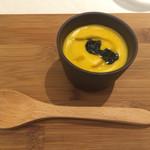 リストランテ サクラ - イカ墨とレモンピールが美味しいスープ