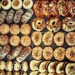 ろじぱん - 料理写真:菓子パン、惣菜パンハード系、サンドなど毎日約70種類のパンを焼いてます