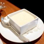 エキ ポンテベッキオ ア オオサカ - イタリア産4つのチーズのパッパルデッレに付いてくる粉チーズ! '15 8月上旬