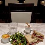 リール ギンザ - 季節のサンドウィッチ