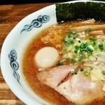 室壱羅麺 - 味玉羅麺アップ