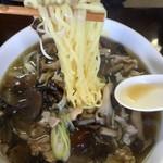 田山ドライブイン - きのこラーメン…麺