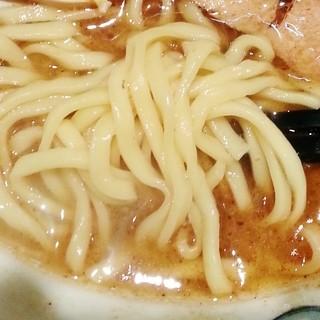 室壱羅麺 - 麺アップ