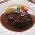 欧風料理 ボンシェフ ミタニ - ハンバーグステーキ、デミグラスソースを選ばさせていただきました。
