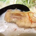 44280346 - 麺屋よつ葉 濃厚鶏らーめん トロットロッのチャーシュー