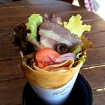 ノウノウカフェ - 加須のブランド豚「香り豚」を使用した自家製のBLTクレープ