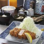 かつ処 豚喜 - 料理写真:厚切りロースかつ200g