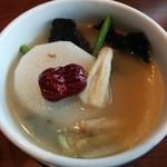 小肥羊 - 白湯タレと野菜