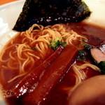 44296121 - 豚骨魚介あっさりらぅ麺(ストレート麺) アップ