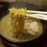 三ツ和屋 - 麺アップ