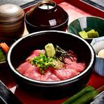 春日和 - 料理写真:まぐろ丼