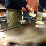 美津の - 豚ロースから焼き!厚めです