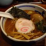 たけちゃんにぼしらーめん - 当店お初;「たけにぼ蕎麦らーめん」(950円)