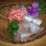 一文字 - 酢の物は、カニのむき身と小鯛の笹漬でした。