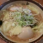 44304049 - 味噌ラーメン800円+ワンタン150円+煮卵100円