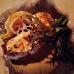 O・mo・ya - 『真鯛のポアレ・ブールブランソースかけ』!!里芋をすり潰して白味噌と和えたものを鯛の上にのせて焼いた 鯛の白味噌焼き~♪(^o^)丿