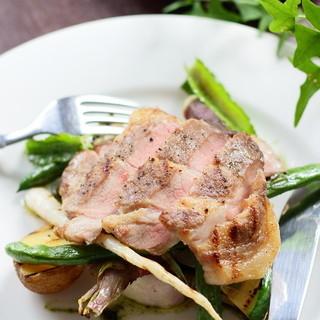 三浦野菜や湘南豚などこだわりの自然派食材も使用しています!