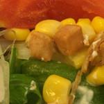 44308750 - 朝食バイキング サラダトッピングの焼チーズ