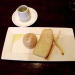 クッチーナ イタリアーナ アミーチ - パンの盛り合わせ(食べかけです;汗;)