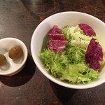 ゆうばーる - ランチセット サラダ&自家製オリーブ