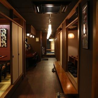 【大人の隠れ家個室】最大32名様まで大小個室完備