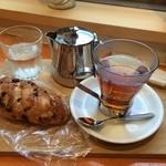 ガムツリーコーヒーカンパニー - 軽いランチ