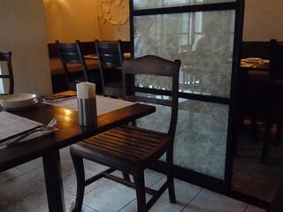 海南鶏飯食堂2 恵比寿店 - リゾートっぽい雰囲気の店内☆
