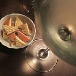 洋食堂 - チーズと白ワイン