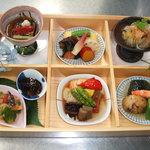 Kaiseki なかむら - 点心弁当 2800円  お昼限定 女性に大人気