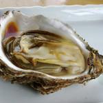 石井丸 - 岩牡蠣(6月)