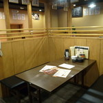 天ぷら海鮮 五福 - 6名、4名の半個室もございます。