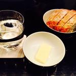 オーク ドア - ウィークエンドブランチセットのパン