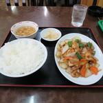 上海飯店 - 鳥肉味噌味炒め 650円 ※本日のおすすめ
