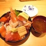 芝大門 鮨まとり - 激盛海鮮丼¥1250