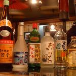 地酒と宮城のうまいもん処 斎太郎 - 麦や芋などの王道からシソ、すだちなどの珍しい焼酎もございます。
