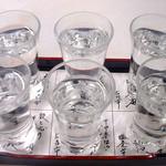 地酒と宮城のうまいもん処 斎太郎 - 宮城の地酒を6種類飲み比べる「利き酒セット」も人気!