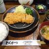 つか田 - 料理写真:ロースカツ定食