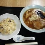鈴木屋料理店 - 中華そば・チャーハンセット 1050円