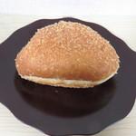 小麦と酵母 満 - カレーパン