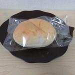 小麦と酵母 満 - クリームパン