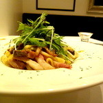 ジンジャーガーデンアオヤマ - 茄子とベーコンの和風醤油生姜パスタ