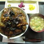ぶた福 - 行者にんにく豚丼・肉ライス大盛(980円+350円)