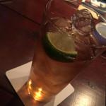 Bar Wisteria -