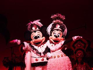 ポリネシアンテラス レストラン - ショーにはもちろんミッキーとミニーも!