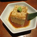 えんざ - 名物「絶品ごま豆腐」(濃厚です)