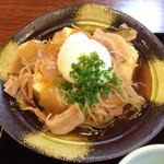 44360435 - 肉豆腐は豆腐一丁使用で、量は多い。