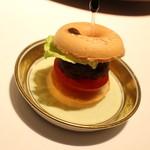 44368149 - 松坂牛のミニハンバーガー