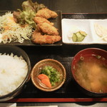 かき忠ハウス - カキフライ定食650円(税込)