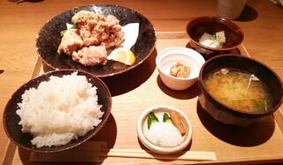 ごはんや一芯 代官山 - ランチ 若鶏の竜田揚げ(1000円)